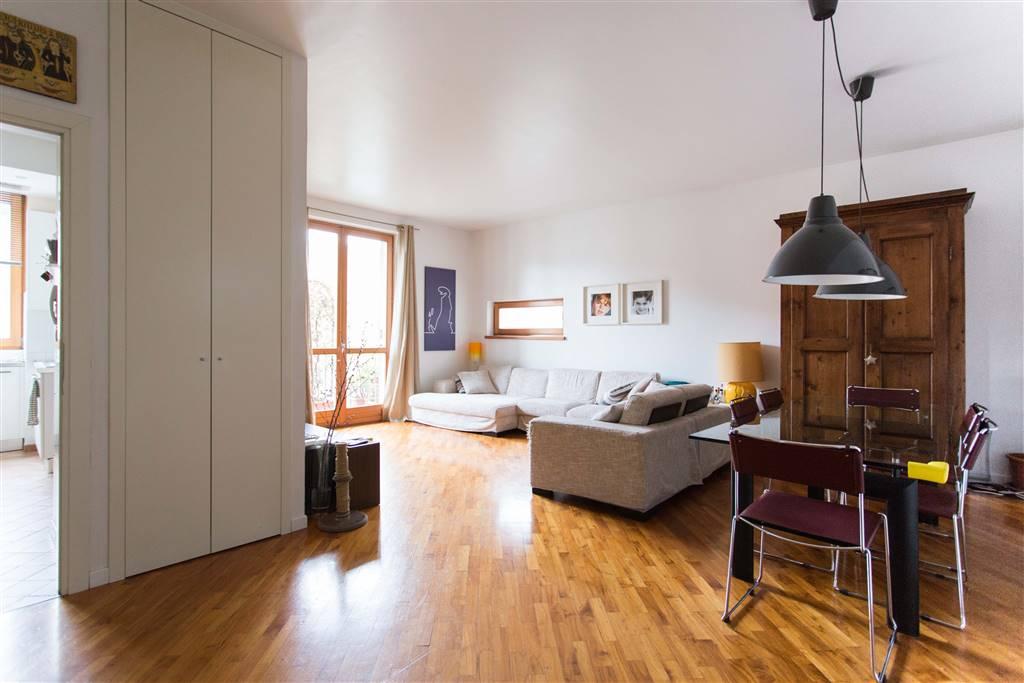 Appartamento in Vendita a Milano: 4 locali, 124 mq