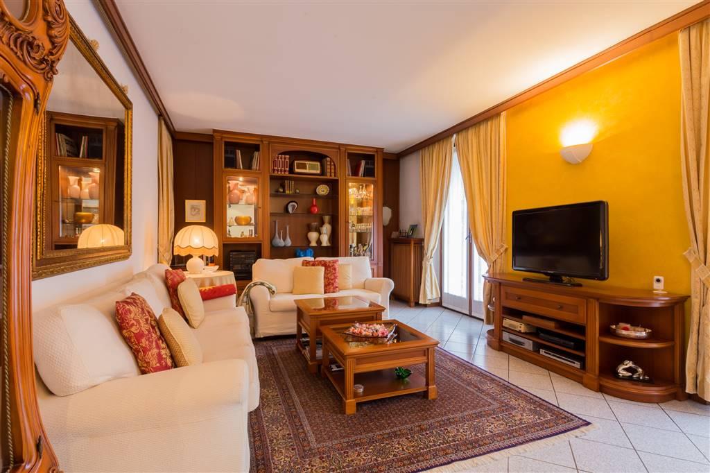 Villa bifamiliare a Giussano
