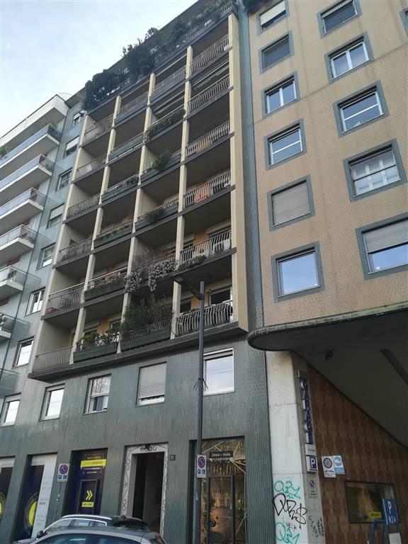 Magazzino in Affitto a Milano: 1 locali, 60 mq