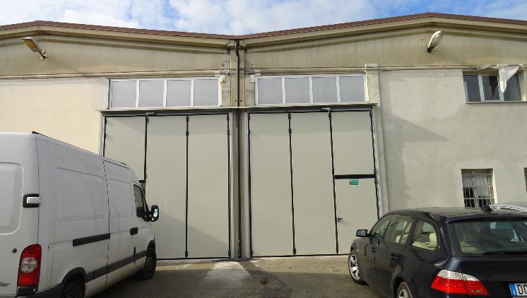 Capannone in affitto a Novi di Modena, 5 locali, zona Zona: Rovereto, prezzo € 15.000 | Cambio Casa.it