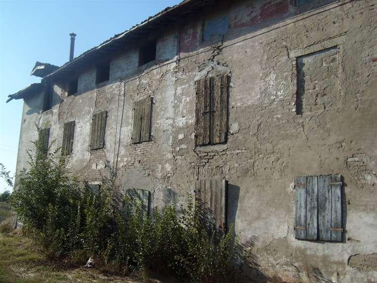 Rustico / Casale in vendita a Carpi, 7 locali, zona Zona: Budrione, prezzo € 80.000 | Cambio Casa.it