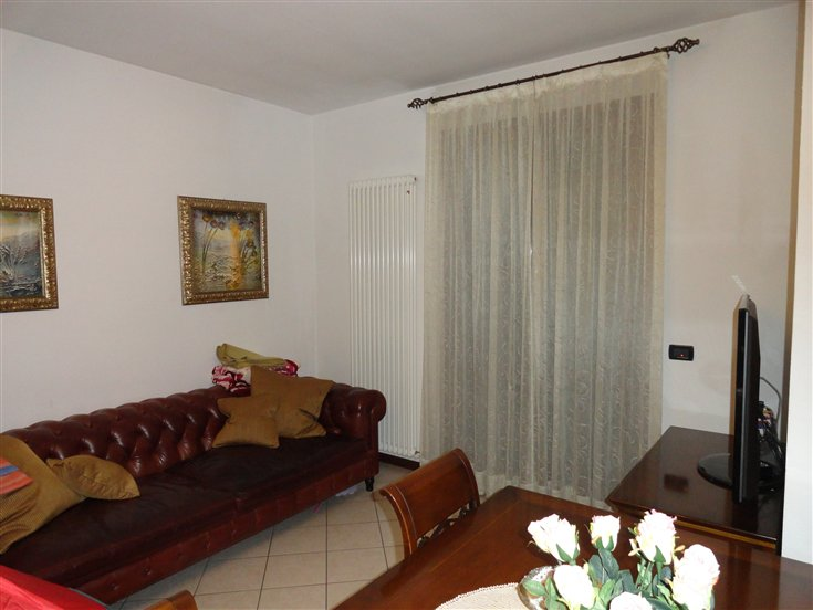 Appartamento in affitto a Carpi, 4 locali, zona Località: MORBIDINA-CUNEO, prezzo € 550   Cambio Casa.it