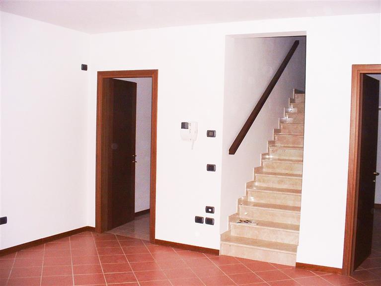 Villa a Schiera in vendita a Campagnola Emilia, 7 locali, prezzo € 185.000 | Cambio Casa.it