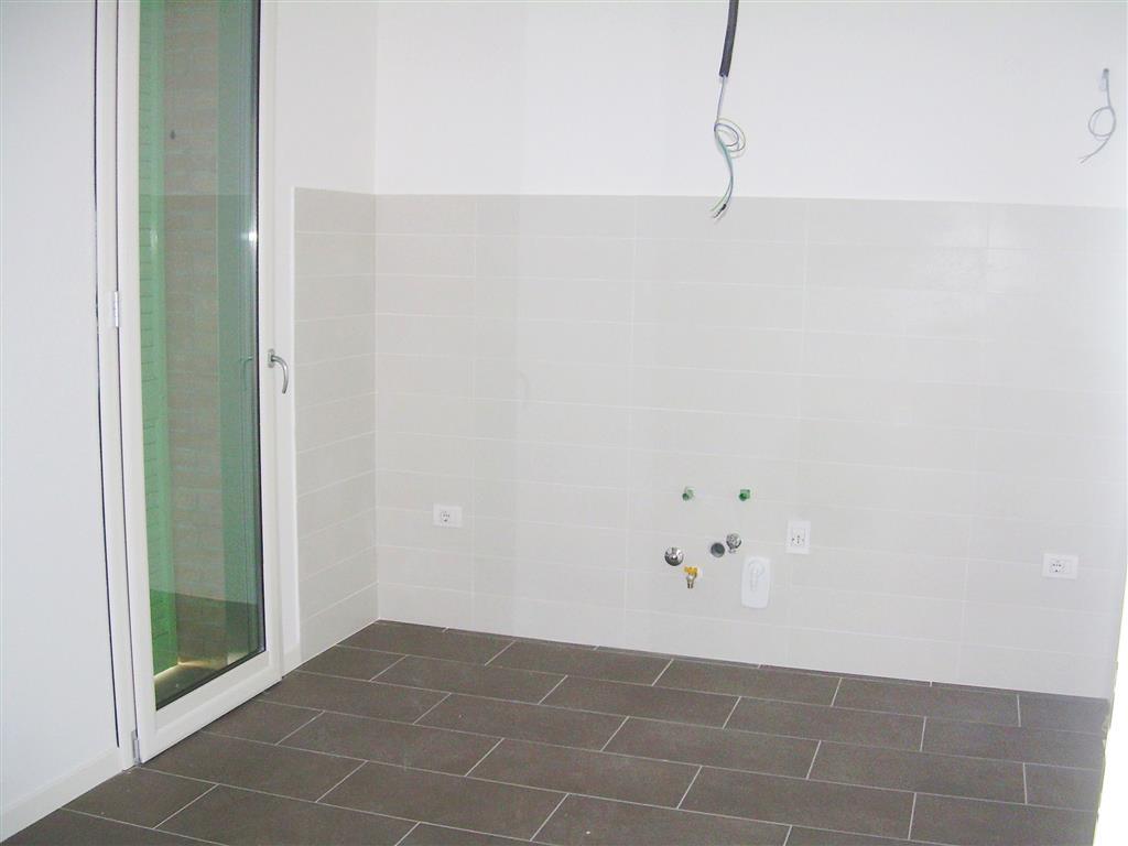Appartamento in affitto a Carpi, 6 locali, zona Località: CENTRO STORICO, prezzo € 850   Cambio Casa.it