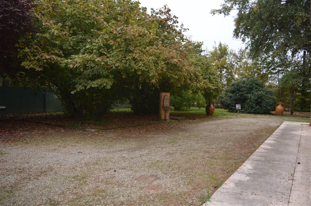Villa in vendita a Modena, 8 locali, zona Zona: Ganaceto, Trattative riservate | Cambio Casa.it