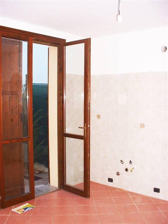 Villa a Schiera in affitto a Campagnola Emilia, 7 locali, prezzo € 600 | Cambio Casa.it