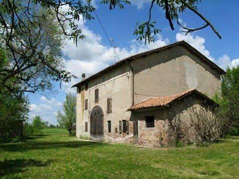Rustico / Casale in vendita a Carpi, 10 locali, zona Località: MIGLIARINA, prezzo € 210.000 | Cambio Casa.it