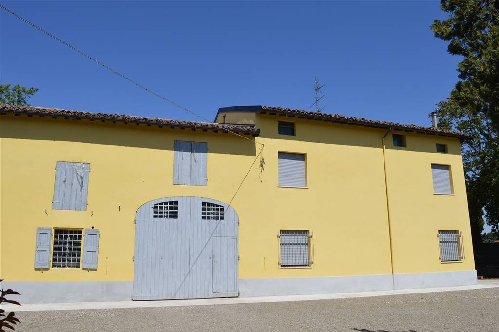 Rustico / Casale in vendita a Carpi, 6 locali, zona Località: CIBENO, prezzo € 300.000 | Cambio Casa.it