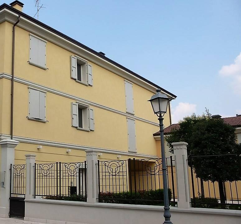 Appartamento in affitto a Novi di Modena, 3 locali, prezzo € 500 | Cambio Casa.it