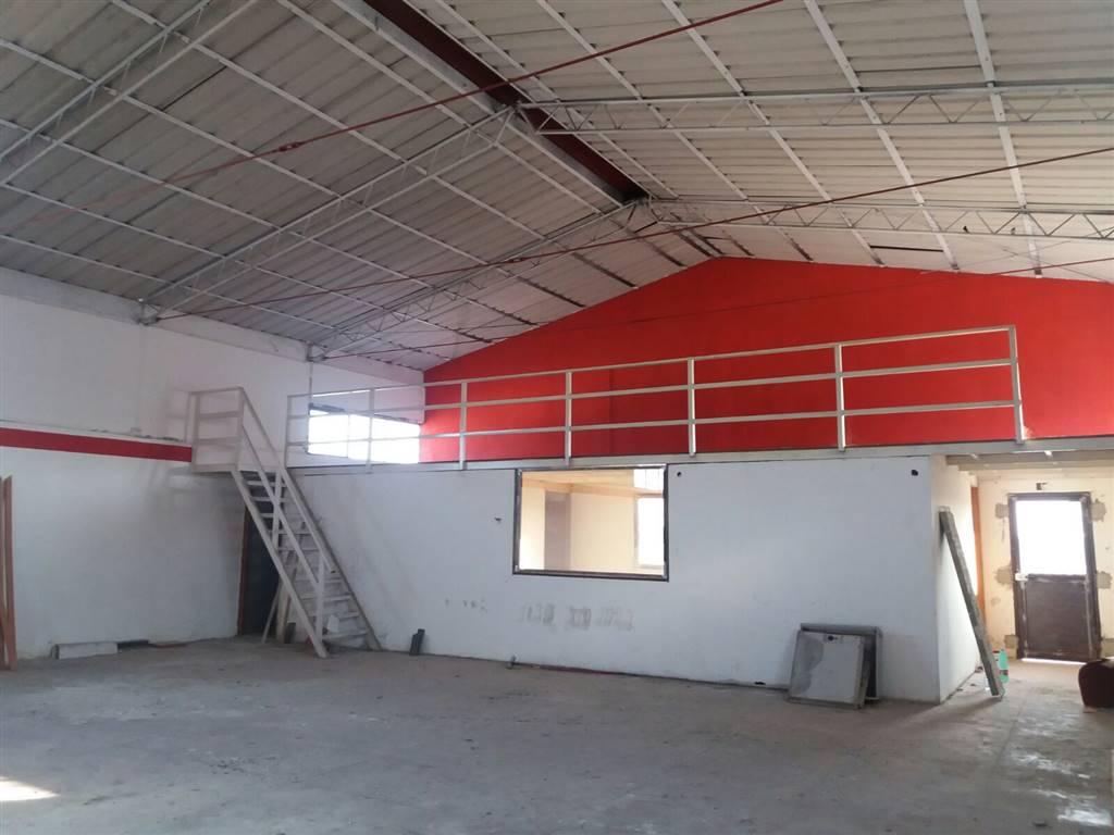 Capannone in affitto a Misterbianco, 9999 locali, prezzo € 2.000 | Cambio Casa.it