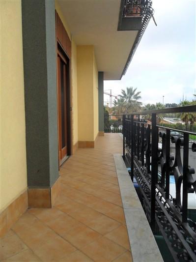 Appartamento in vendita a San Gregorio di Catania, 4 locali, zona Località: VIA BELLINI, prezzo € 175.000 | Cambio Casa.it