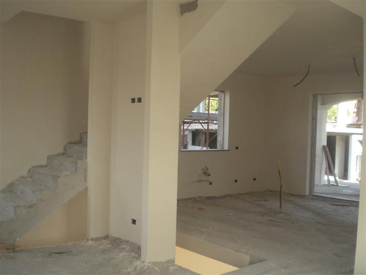 Villa in vendita a Aci Sant'Antonio, 6 locali, zona Zona: Lavinaio, prezzo € 330.000 | Cambio Casa.it