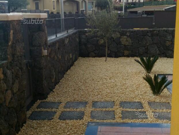 Villa in affitto a Aci Sant'Antonio, 8 locali, prezzo € 900 | Cambio Casa.it
