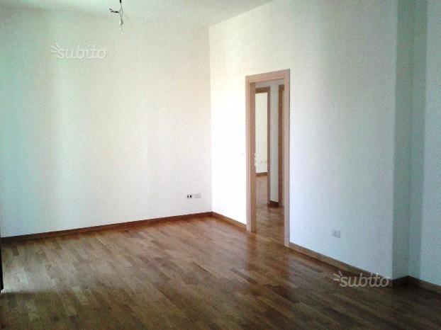 Attico / Mansarda in affitto a Catania, 4 locali, zona Località: CORSO DELLE PROVINCE, prezzo € 850 | Cambio Casa.it