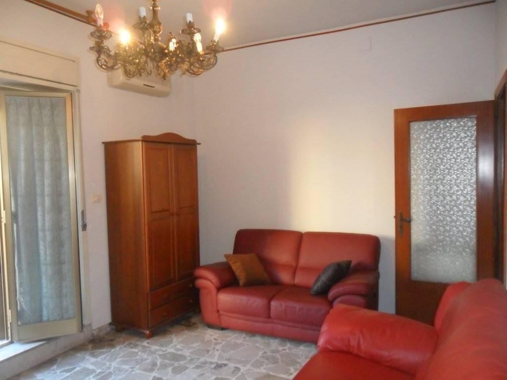 Appartamento in affitto a Gravina di Catania, 3 locali, zona Località: GRAVINA-FASANO, prezzo € 425 | CambioCasa.it