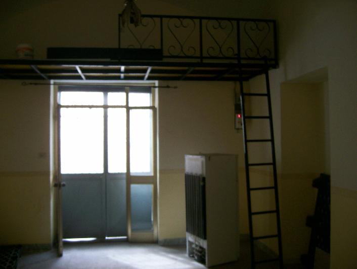 Negozio / Locale in vendita a Caserta, 2 locali, zona Zona: Sala, prezzo € 28.000 | CambioCasa.it