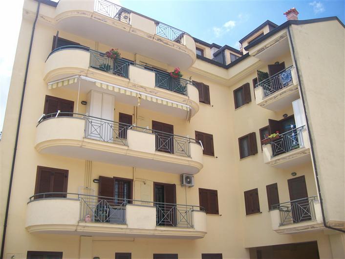 Box / Garage in vendita a Caserta, 1 locali, zona Zona: Sala, prezzo € 17.500 | Cambio Casa.it