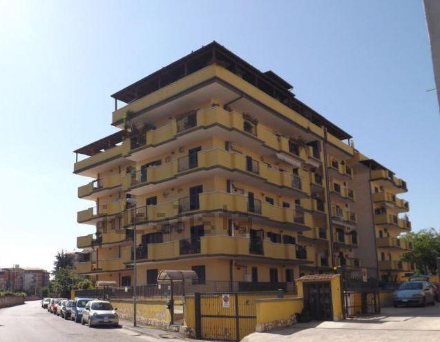 Box / Garage in vendita a Caserta, 1 locali, zona Zona: Centro, prezzo € 10.000 | Cambio Casa.it