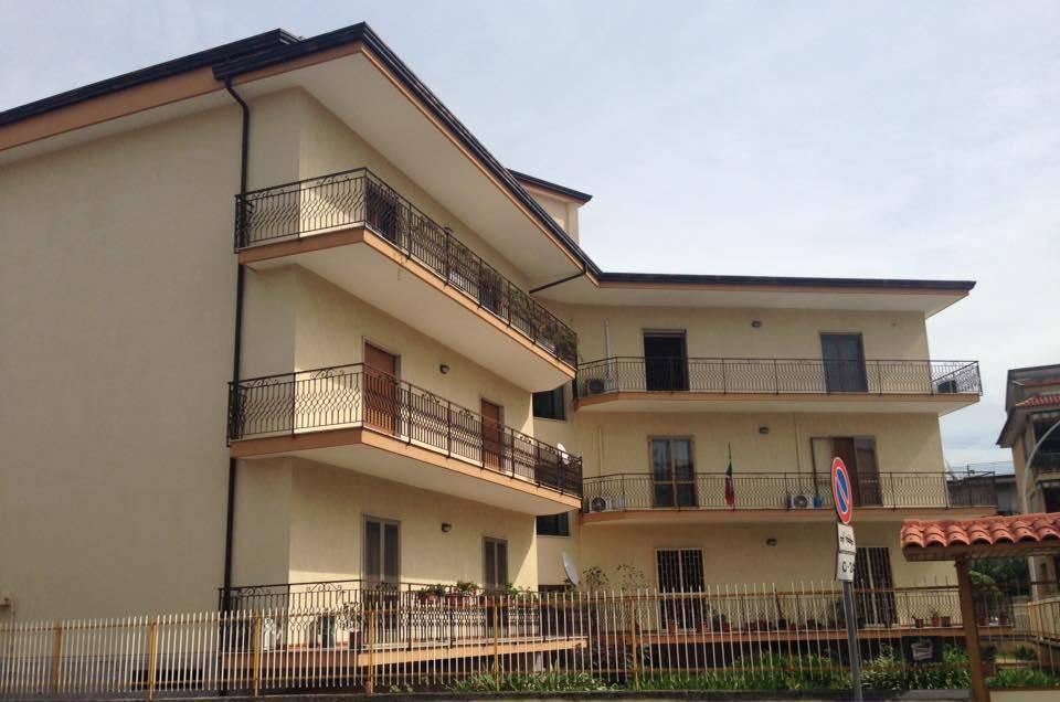 Appartamento in vendita a Casagiove, 4 locali, zona Località: QUARTIERE BORBONICO CENTRO STORICO, prezzo € 139.000 | CambioCasa.it