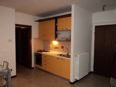 Appartamento in vendita a Pieve a Nievole, 3 locali, zona Zona: Colonna, prezzo € 95.000 | Cambio Casa.it
