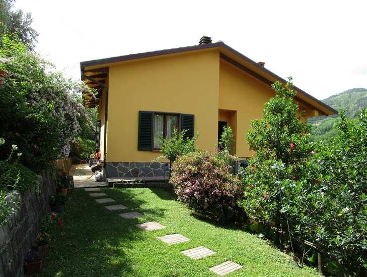 Villa in vendita a Marliana, 5 locali, zona Zona: Montagnana, prezzo € 265.000 | Cambio Casa.it