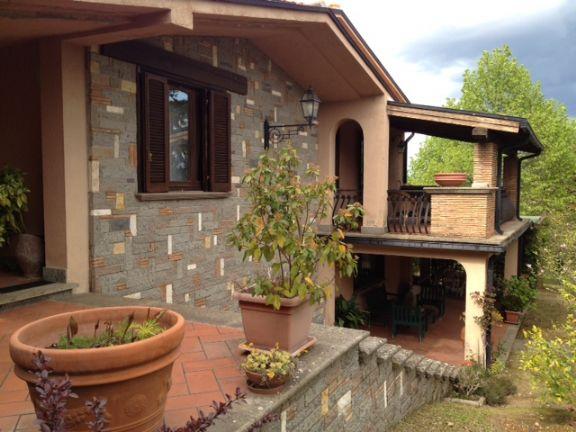 Villa in vendita a Soriano nel Cimino, 9 locali, prezzo € 375.000 | Cambio Casa.it