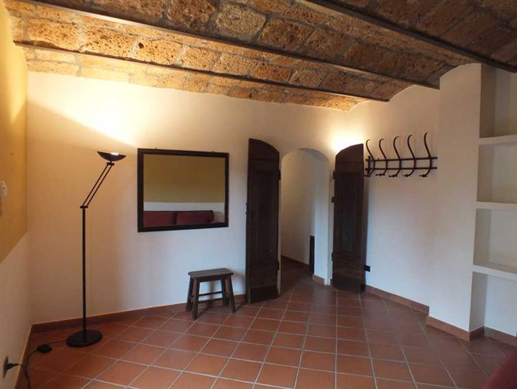 Soluzione Indipendente in vendita a Sorano, 5 locali, prezzo € 270.000 | Cambio Casa.it