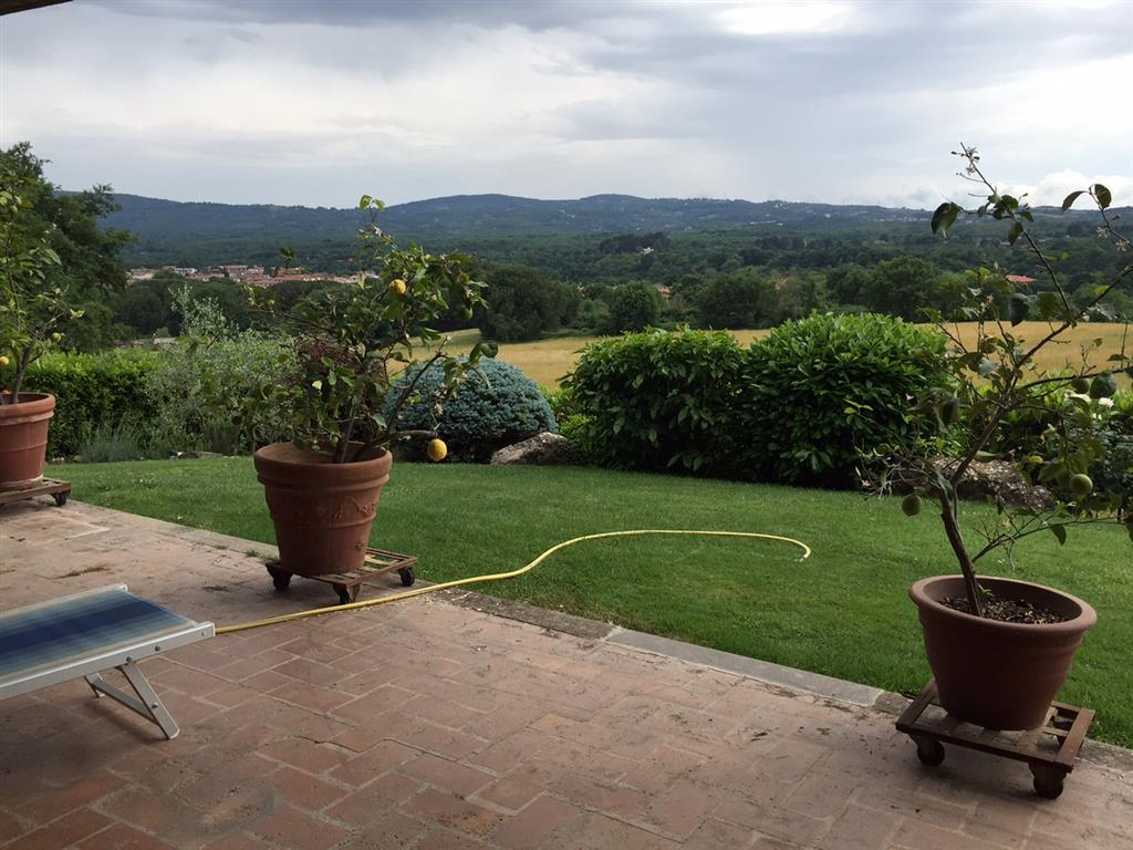 Villa in vendita a Sutri, 13 locali, zona Località: COLLE DIANA, Trattative riservate | CambioCasa.it