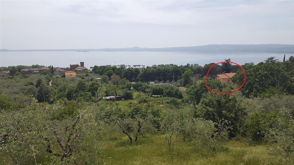 Villa in Vendita a Bolsena