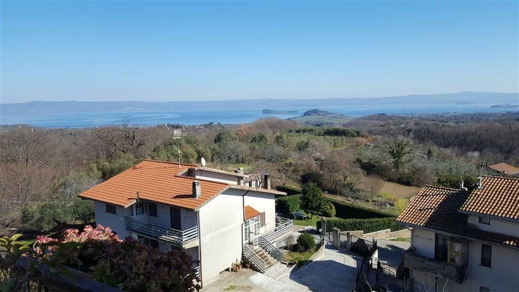 Attico / Mansarda in vendita a Valentano, 7 locali, zona Zona: Villa delle Fontane, prezzo € 149.000 | Cambio Casa.it
