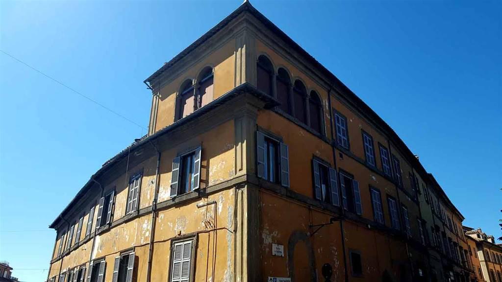 Attico / Mansarda in vendita a Viterbo, 6 locali, zona Zona: Centro, prezzo € 318.000   CambioCasa.it