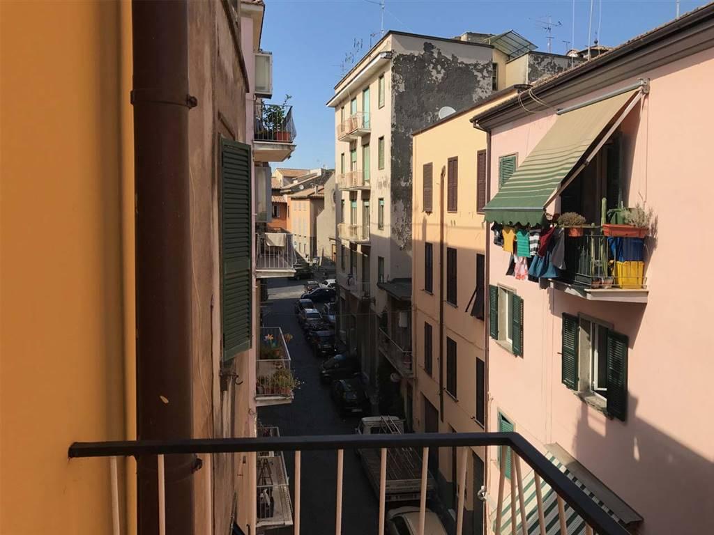 Appartamento in vendita a Viterbo, 4 locali, zona Zona: Centro, prezzo € 103.000 | CambioCasa.it