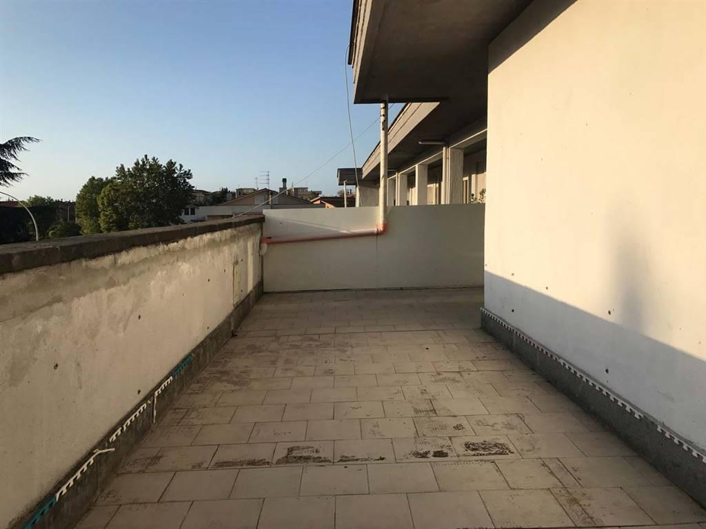 Appartamento in affitto a Vetralla, 7 locali, prezzo € 550 | CambioCasa.it