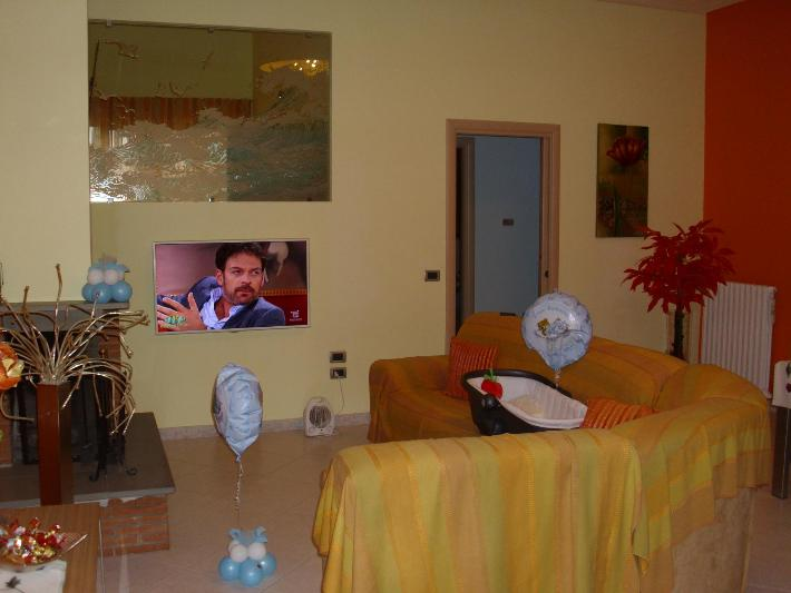 Appartamento in vendita a Mendicino, 4 locali, zona Zona: Tivolille, prezzo € 90.000 | CambioCasa.it