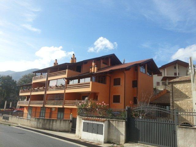Appartamento in vendita a Marano Principato, 4 locali, prezzo € 110.000 | CambioCasa.it