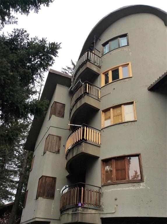 Appartamento in vendita a Spezzano della Sila, 3 locali, zona Zona: Camigliatello Silano, prezzo € 50.000   CambioCasa.it