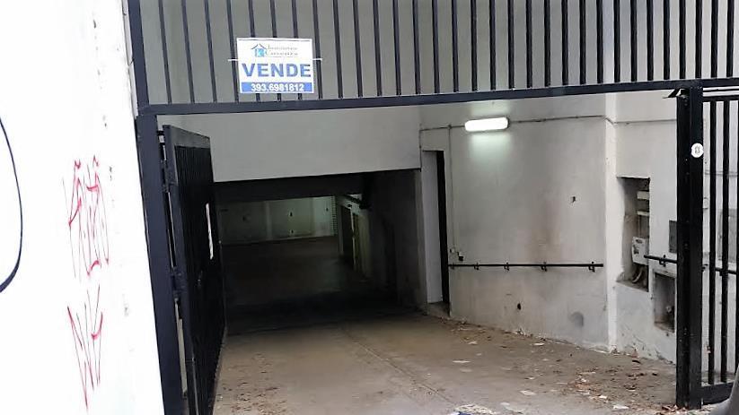 Box / Garage in vendita a Cosenza, 1 locali, zona Zona: Via Roma, prezzo € 22.000 | CambioCasa.it