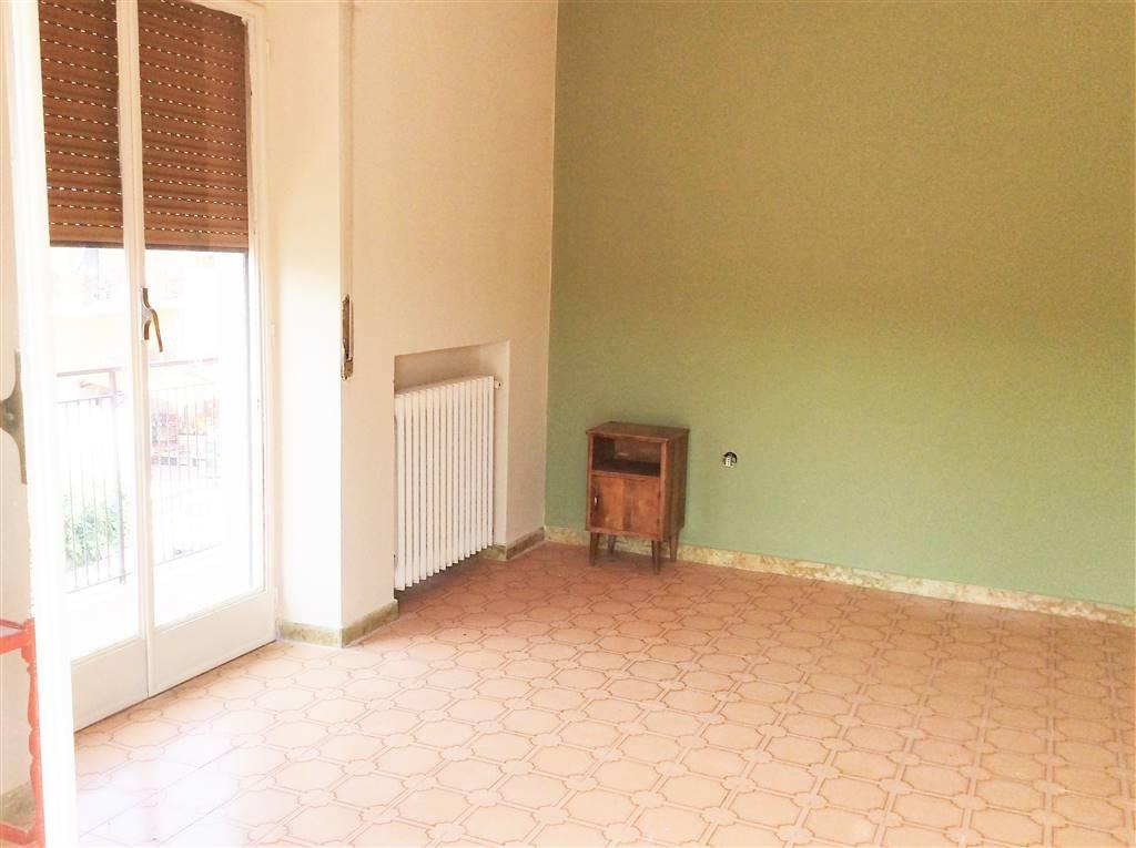 Appartamento in affitto a Castrolibero, 3 locali, zona Località: ANDREOTTA, prezzo € 350 | CambioCasa.it