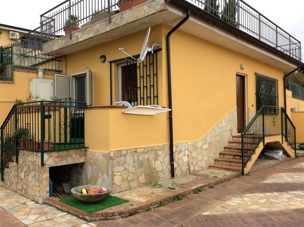 Soluzione Indipendente in affitto a Mendicino, 1 locali, zona Zona: Tivolille, prezzo € 300 | CambioCasa.it