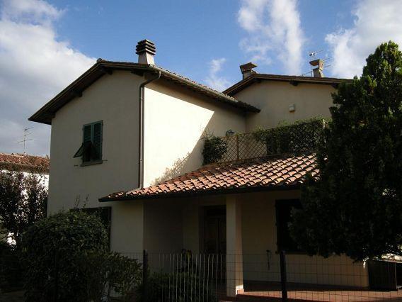 Villa in vendita a Barberino Val d'Elsa, 7 locali, zona Zona: Vico d'Elsa, prezzo € 650.000   Cambio Casa.it