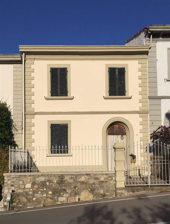 Soluzione Indipendente in vendita a Barberino Val d'Elsa, 5 locali, prezzo € 260.000 | Cambio Casa.it