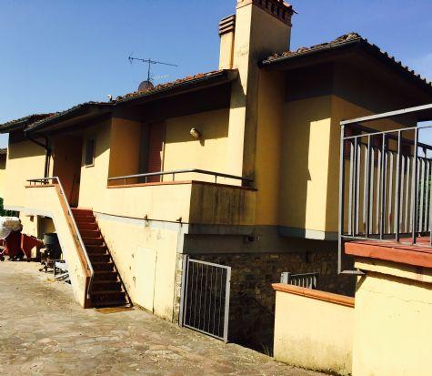 Villa in affitto a Tavarnelle Val di Pesa, 5 locali, zona Zona: Sambuca, Trattative riservate | Cambio Casa.it