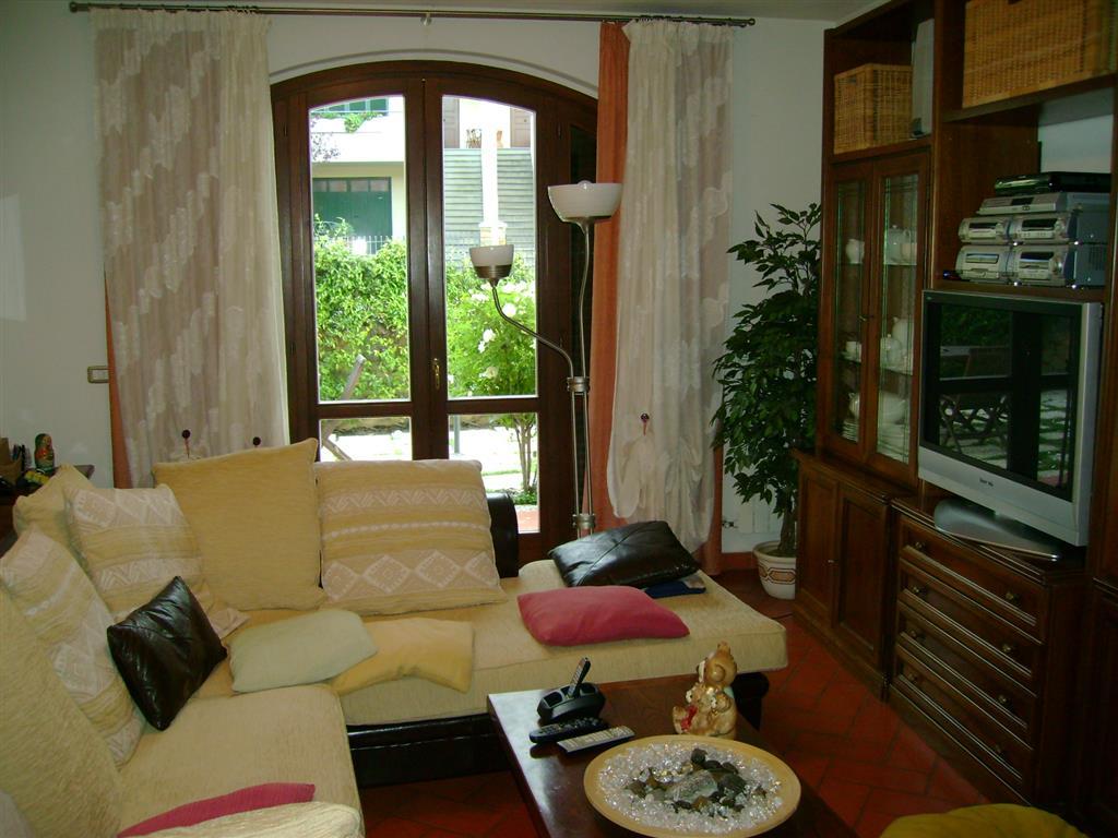 Soluzione Indipendente in vendita a Barberino Val d'Elsa, 5 locali, prezzo € 335.000 | Cambio Casa.it