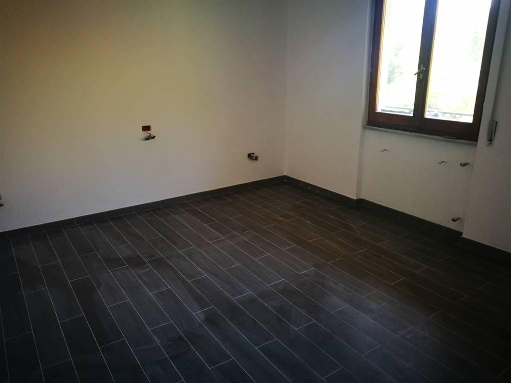 Appartamento in Vendita a Follo