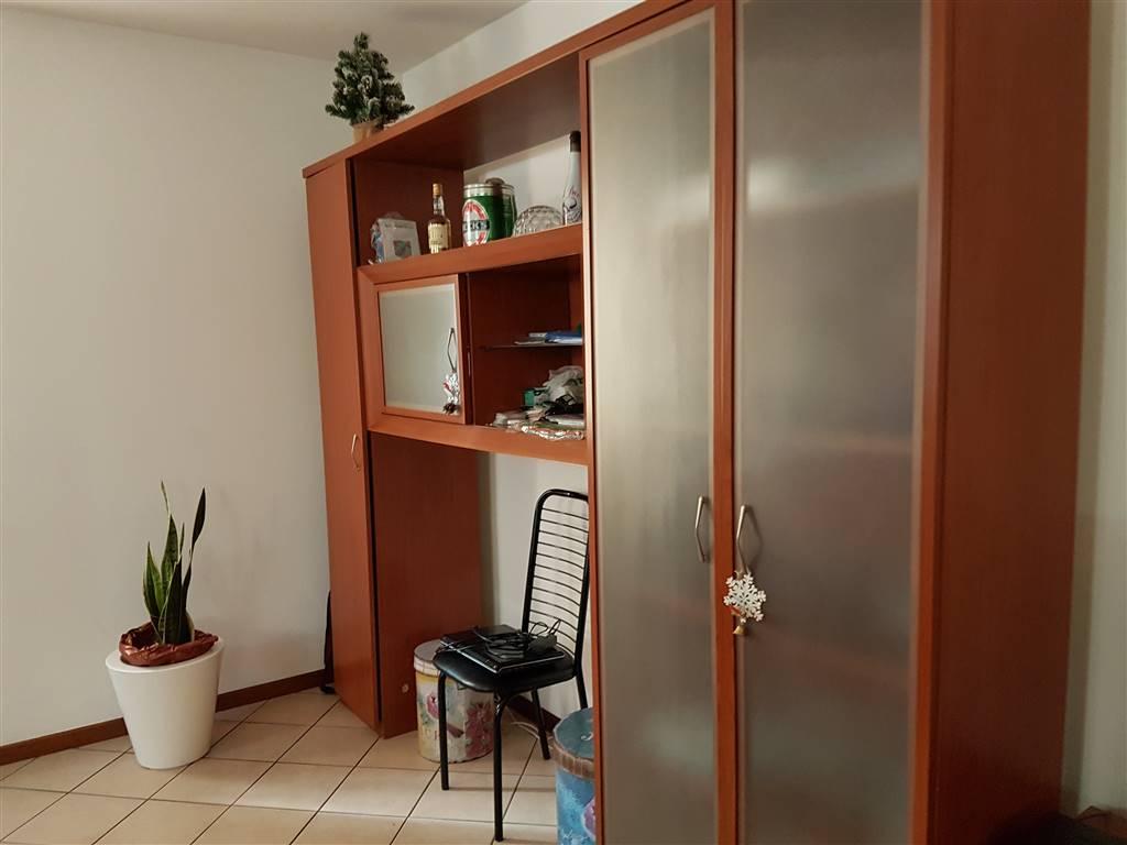 Appartamento in affitto a Villafranca di Verona, 3 locali, zona Località: CAPOLUOGO, prezzo € 500 | Cambio Casa.it