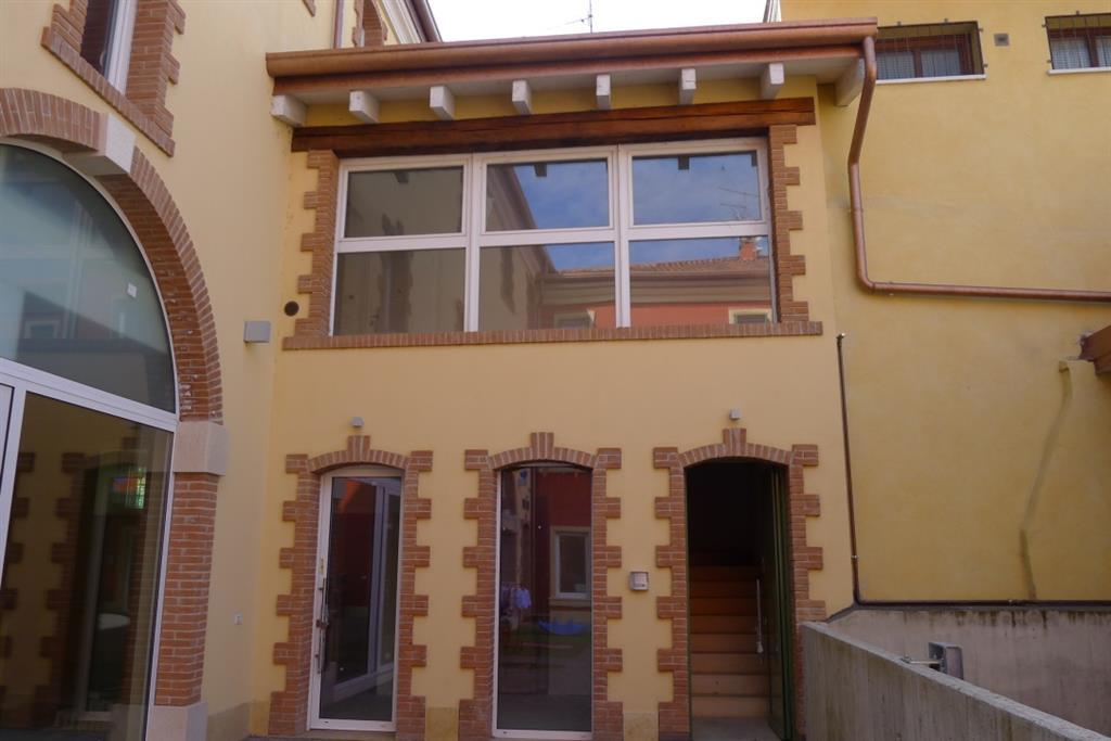 Appartamento in vendita a Vigasio, 2 locali, prezzo € 100.000 | Cambio Casa.it