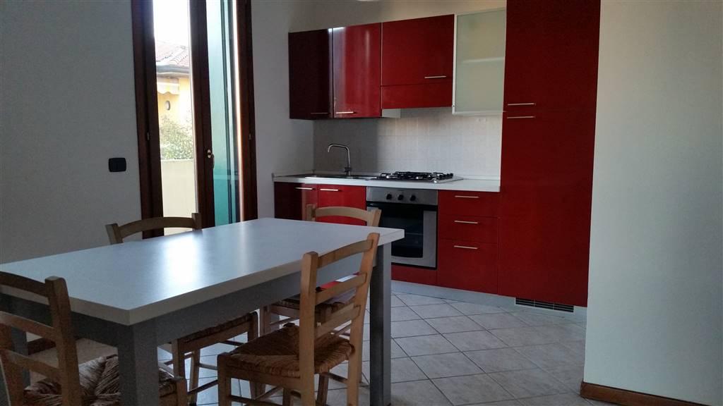 Appartamento in affitto a Mozzecane, 2 locali, prezzo € 400 | Cambio Casa.it