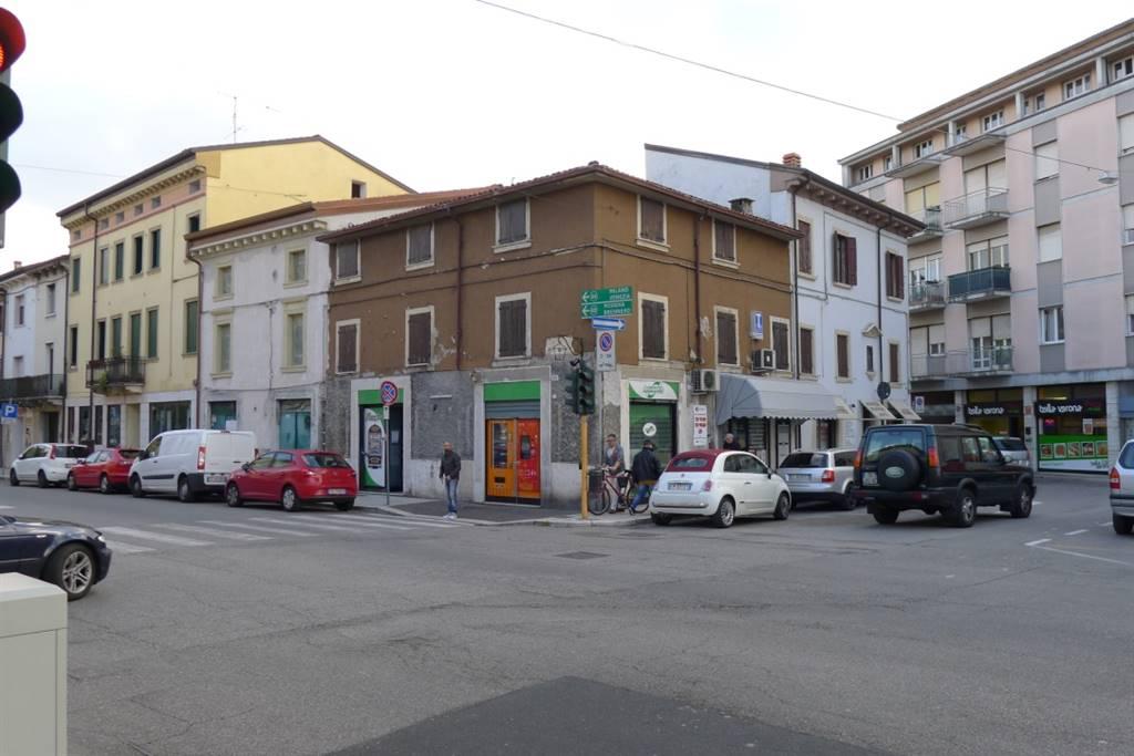 Soluzione Indipendente in vendita a Verona, 12 locali, zona Zona: 8 . San Michele, prezzo € 320.000 | Cambio Casa.it