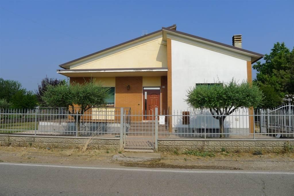 Soluzione Indipendente in Vendita a Povegliano Veronese