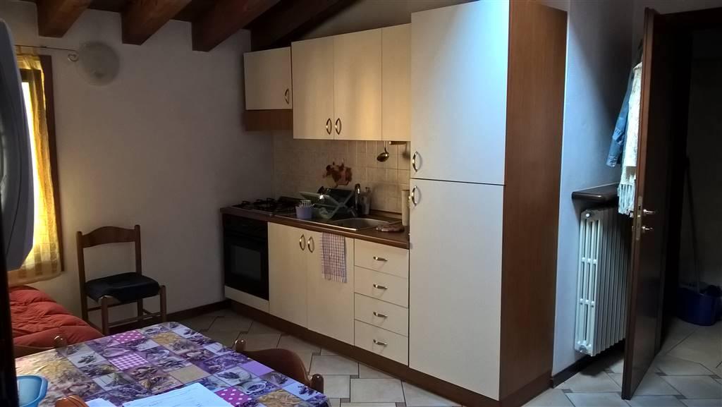 Soluzione Indipendente in affitto a Villafranca di Verona, 1 locali, zona Località: CAPOLUOGO, prezzo € 350 | Cambio Casa.it